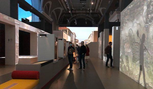 slide-expo